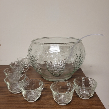 punch bowl 370x370 - Punch Bowl with 7 Glass Cups