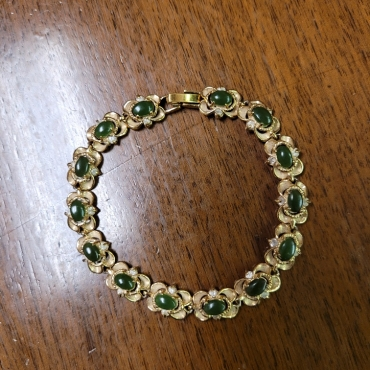 Green Stones Bracelet 370x370 - Green Stone Bracelet